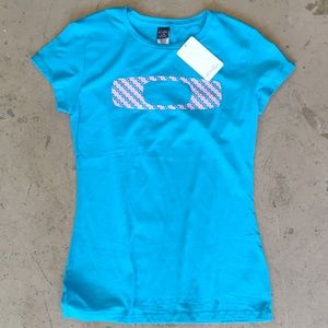 Oakley women's cap sleeve tee large